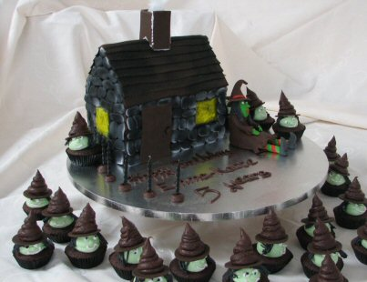 halloween party cake witches house